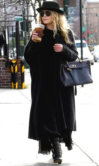 olsen sisters blogger sunglasses cardigan boho