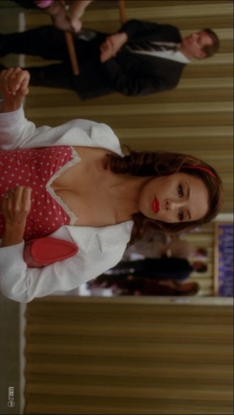 make-up desperate housewives dress
