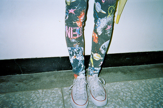 pants converse kitchen living room floor wall orange yellow quote on it inscriptions planets satelites xx cool alternative grunge indie