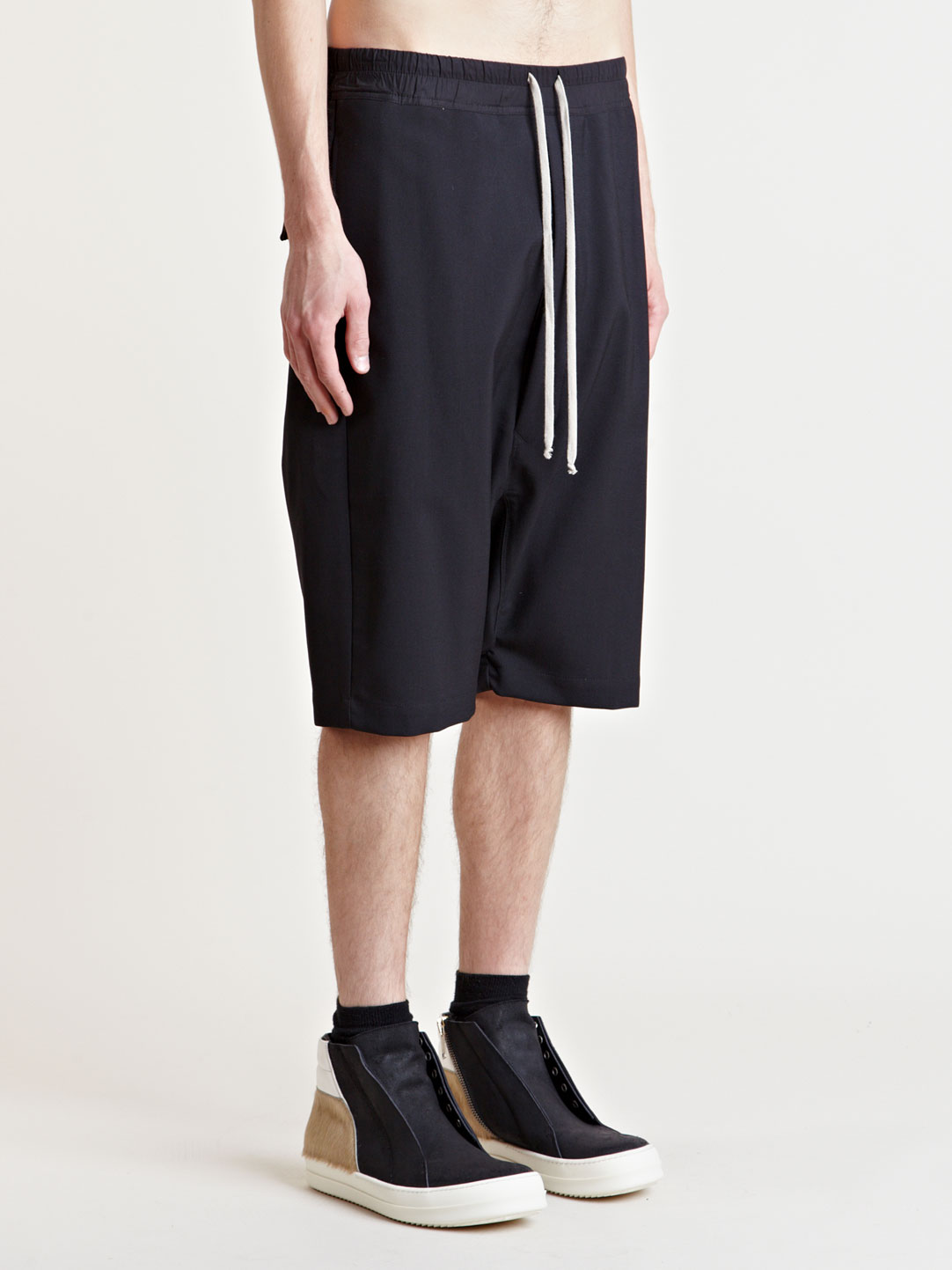 Rick Owens Men's Structured Pod Shorts | LN-CC