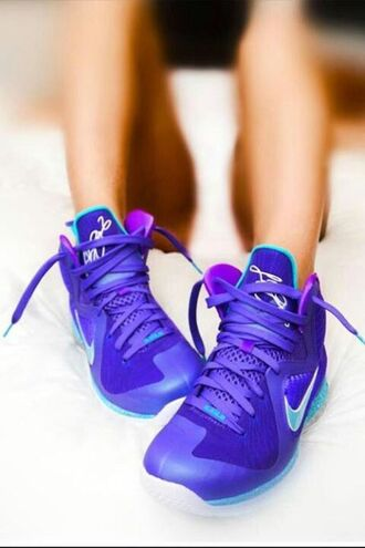 shoes nike nike shoes nike air purple blue dope urban sneakers nike sneakers lovable girly wishlist tomboy musthave sneaker head white turquoise back to school school outfit sexy shoes
