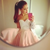 dress,strapless dress,pink and white,cute,mini dress,ariana grande,pink and white dress,floaty dress,shirt,rosy,white,grande,skirt,baby pink skater skirt