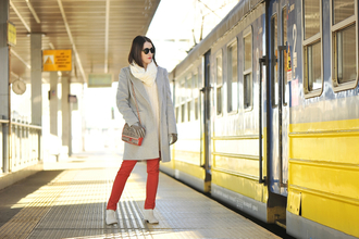 shiny sil blogger gloves red pants skinny pants winter coat grey coat shoulder bag coat sweater scarf bag jeans jewels sunglasses top shoes