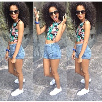 shirt floral sleeveless crop tops blouse summer pretty black blue pink shorts shoes