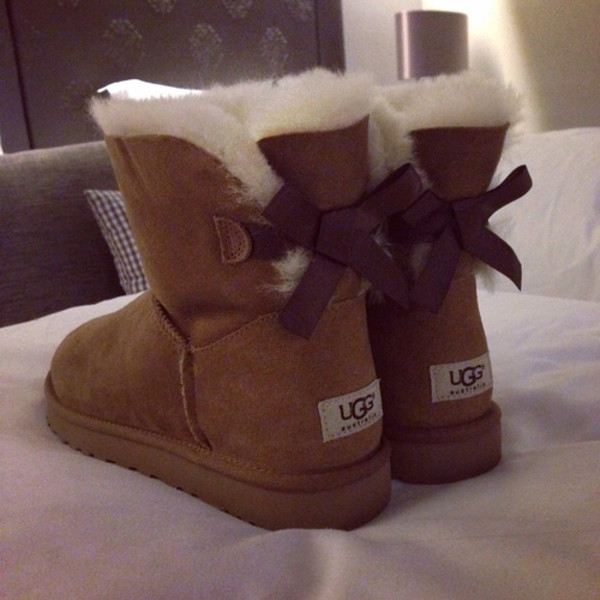 camel colored uggs