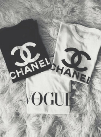 shirt white black white tshirt vogue logo shirt top vogue chanel t-shirt black tshirt chanel logo