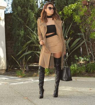 mini skirt suede skirt camel suede skirt bandeau crop tops black crop top coat camel coat boots black boots over the knee boots bag black bag sunglasses black sunglasses jewels jewelry choker necklace black choker necklace blogger absolutemarket