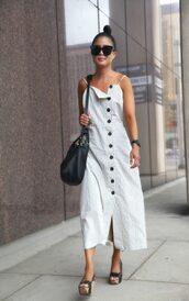 dress,stripes,striped dress,shoes,sandals,bag,sunglasses