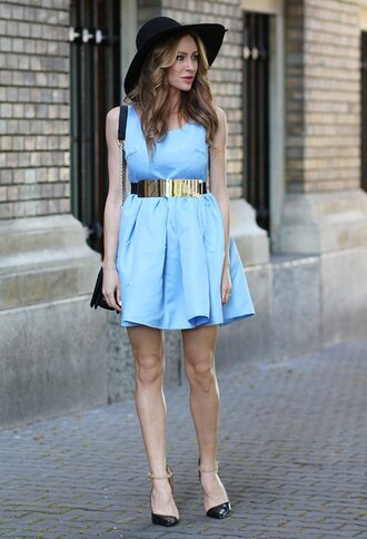 hat black hat blue dress gold belt strappy heels blogger