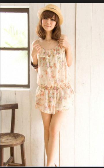 combishort combinaison shorts cute white vintage girly floral white combishort floral combinaison