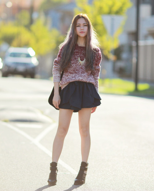 chloe ting sweater shorts bag jewels shoes