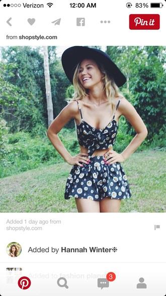 top two-piece crop tops black crop top crop bra daisy shorts skirt set