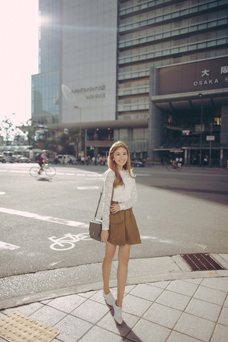 tricia gosingtian blogger top skirt bag shoes
