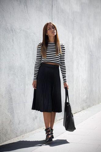 skirt black and white striped top black pleated skirt strappy black heels black bag