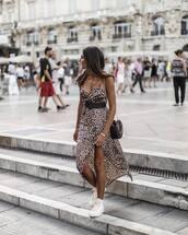 dress,leopard print,side split,sneakers,belt,bag