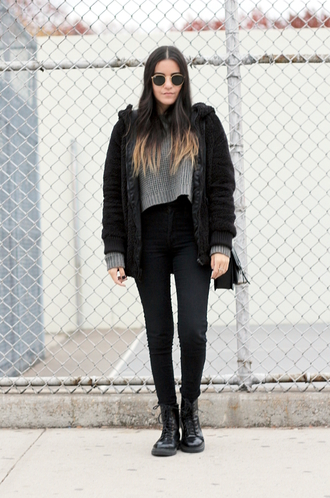 dress like jess blogger jacket jeans bag sunglasses round sunglasses grey sweater drmartens black soft grunge ombre hair coat