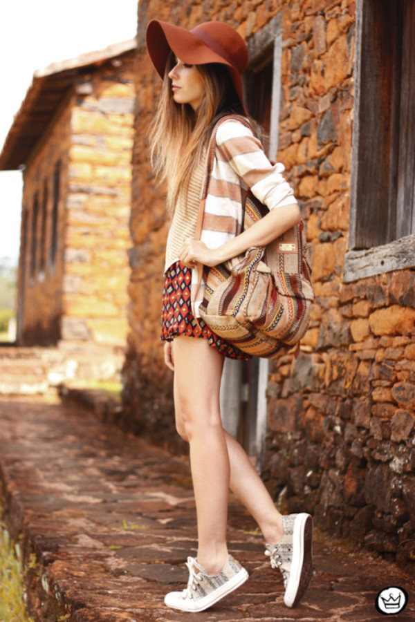 fashion coolture t-shirt sweater skirt jewels shoes
