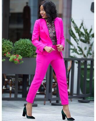 jacket tumblr pink blazer blazer pants pink pants power suit two piece pantsuits shoes velvet velvet shoes office outfits