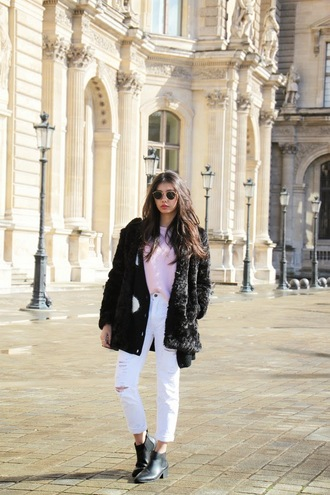 beverly ville blogger white ripped jeans black coat fuzzy coat pink sweater