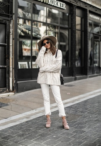 sweater white sweater cable knit white jeans shoes sunglasses jeans denim frayed denim hat