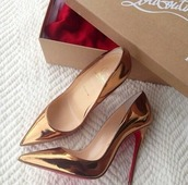shoes,heels,high heels,shiny,glossy shoes,boots,polish shoes,polished,glassy,gloss,louboutin,prada,chanel boots