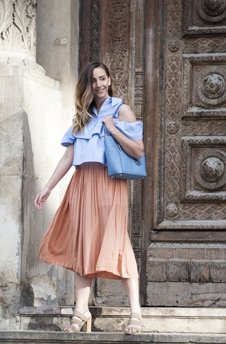 let's talk about fashion ! blogger bag shirt shoes ruffle shirt blue shirt cut-out shoulder top cut out shoulder blue bag pleated skirt midi skirt peach peach skirt blush skirt spring outfits sandals sandal heels high heel sandals nude sandals