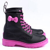 shoes,boots,combat boots,DrMartens,pink,black,bows,bow,kawaii,hello kitty,leather,faux leather,cute,emo,scene,alternative,rock,punk rock,lace up,laces,pink laces,kaylaa waylaa