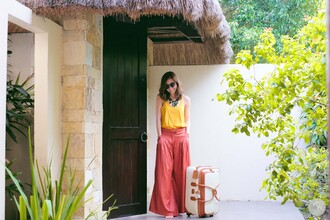 kryzuy blogger top sunglasses pants jewels