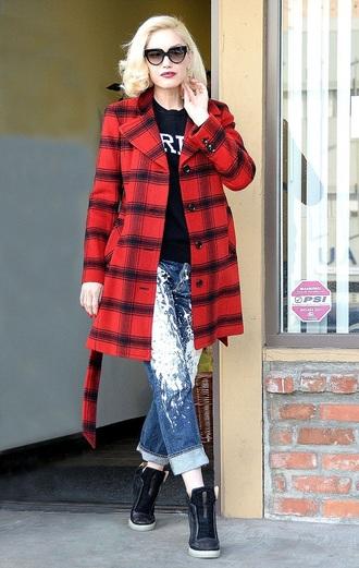 jeans sweater shoes sneakers gwen stefani coat boyfriend jeans