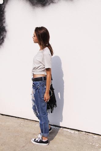 lila janowska blogger ripped jeans striped t-shirt fringed bag