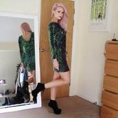 shoes,pink hair,dress,sequins,glass heels,heels,boots,black wedges,wedges,green dress,grunge