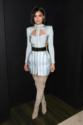 kylie jenner,blue dress,knee high boots,suede boots,waist belt,cut-out dress,met gala,metgala2016,shoes,dress