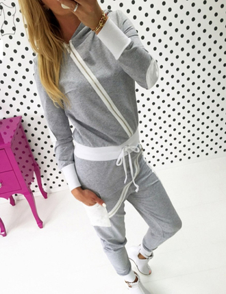 sweater set matching set sexy sportswear sporty sports pants sports leggings summer sports sweatshirt sweats sweatpants black sweatshirt outfit outfit idea tumblr outfit streetwear streetstyle hipster hipster wishlist hipster sweater
