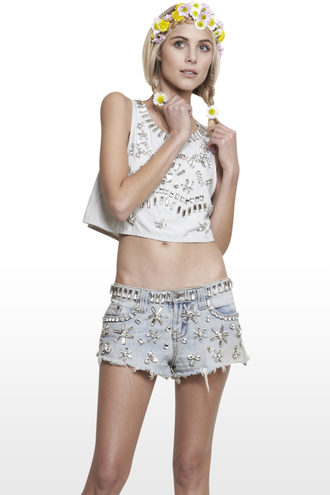shorts i4out look lookbook crystallized shorts ripped shorts jeans clothes fashion cut off shorts shredded shorts