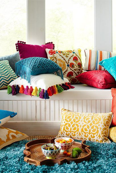 Home Accessory: Decorative Cushions, Home Decor, Tassel Cushions