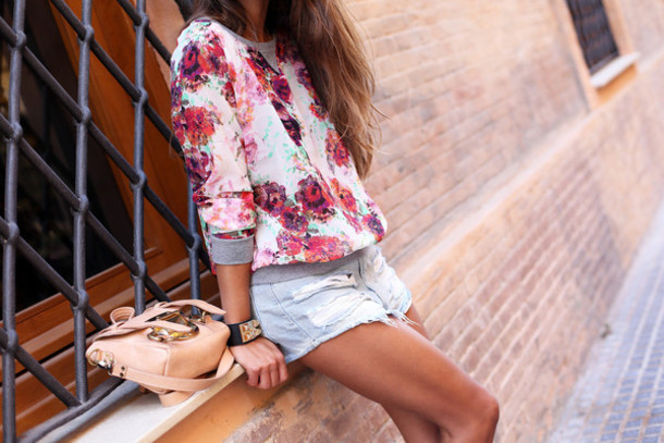 seams for a desire blogger top shoes sunglasses jewels bag
