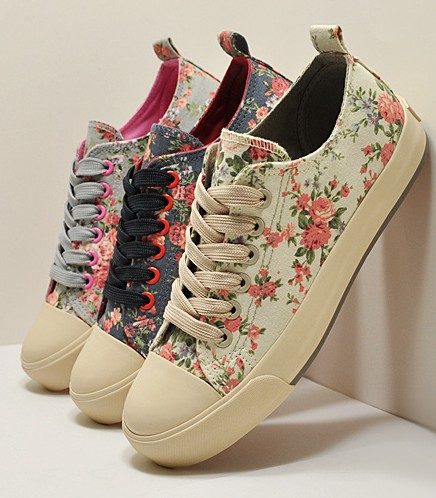 Lace flower canvas shoes Korean platform women's shallow mouth shoes Woman printing Flat floral casual sneakers Vintage shoe     on Aliexpress.com