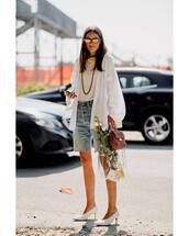 white shirt,oversized,long sleeves,pumps,sunglasses,handbag,transparent  bag,denim shorts,blouse