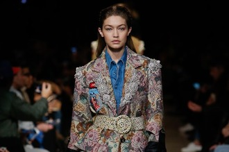 helena bordon blogger gigi hadid runway fashion week 2016 paris fashion week 2016 flowers waist belt colorful denim top