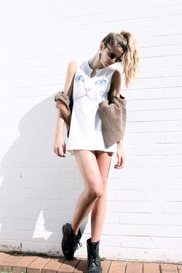dress clothes cats white white dress