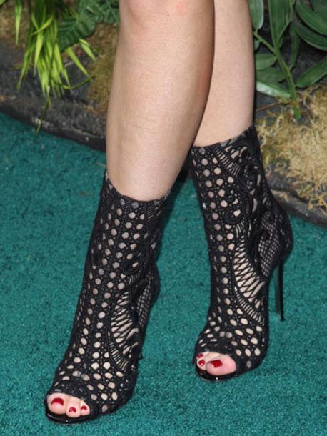 kylie jenner black heels peep toe boots balmain black boots