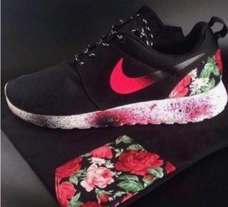 shoes floral nike roshe runs black