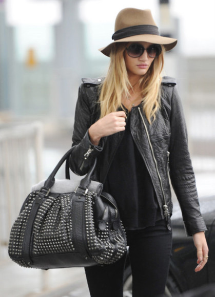 brown hat rosie huntington-whiteley burberry black bag burberry bag leather jacket black hat