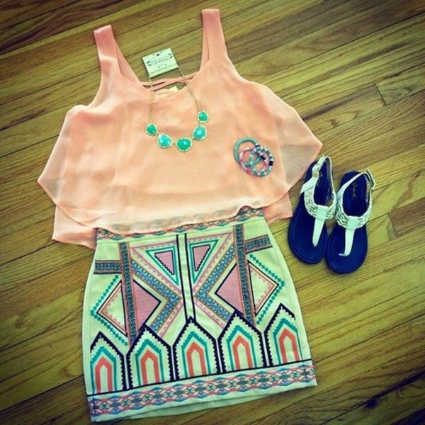 coral pencil skirt girly trendy tribal pattern statement necklace jewels shoes skirt