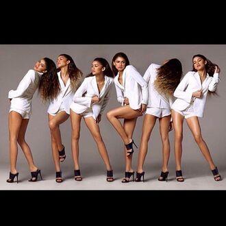 zendaya white shorts white blazer