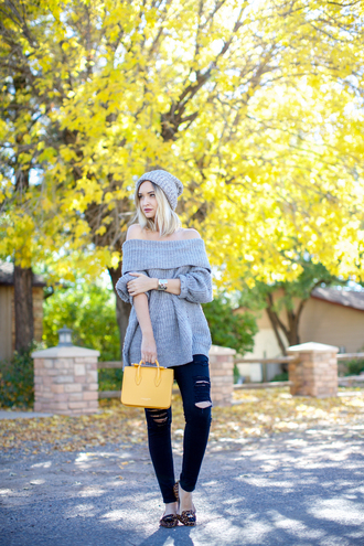 late afternoon blogger off the shoulder sweater oversized sweater black ripped jeans