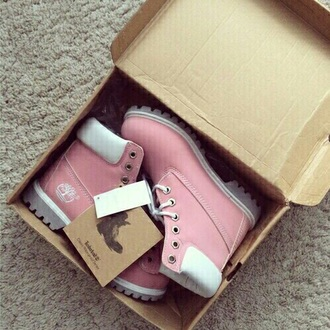 shoes pink white winter outfits timberlands boots timberland boots rose
