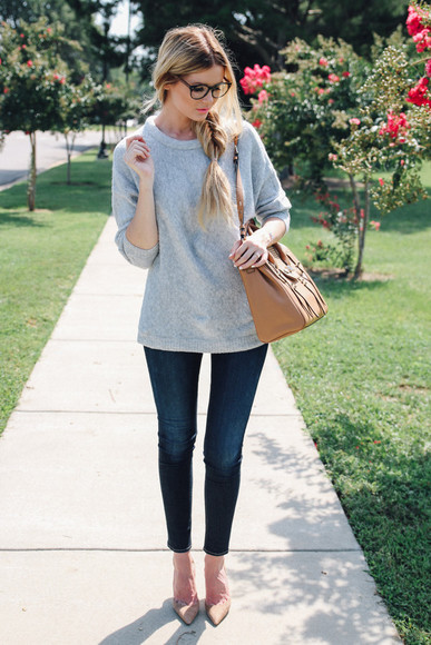 back to school glasses barefoot blonde blogger jeans shoes bag make-up jewels grey sweater leather bag preppy