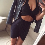 skirt,wrap,wrap skirt,black,cute,girly,girl,dress,fall outfits,summer,classy,hot,sexy,women,lovely,adorable dress,beautiful,pretty,blac,jacket,nice,going out dress,party,party dress,love,body