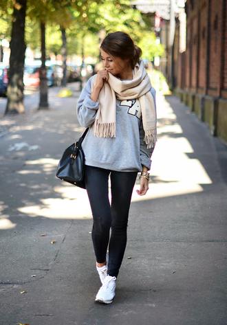 mariannan blogger jeans shoes bag scarf sports sweater